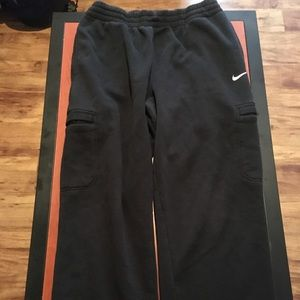 Nike Athletic Sweatpants Fit XL 1/2 of retail